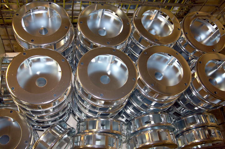 Zinc Plating | Milwaukee Plating